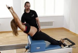 pilates en el embarazo con maquinas madrid